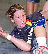 Nadine Krause am Boden - Deutsche Nationalmannschaft im November 2005