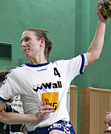 Juliane Lang in der Luft - SV Berliner VG 49  (Saison 2005/06)