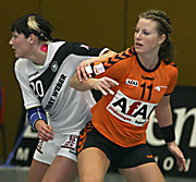 Anja Althaus und Andrea Groot. NED - GER, 4-Nationen-Turnier, Riesa 2007
